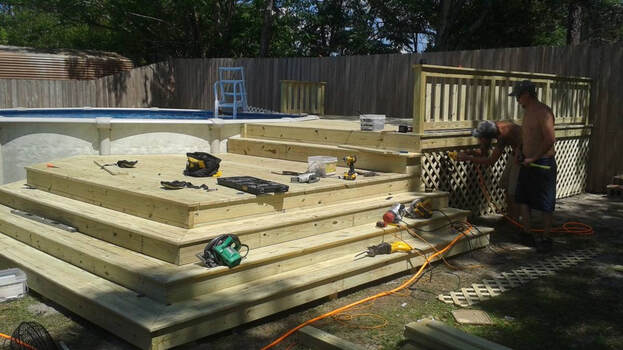 Deck Builders nearby Iowa City